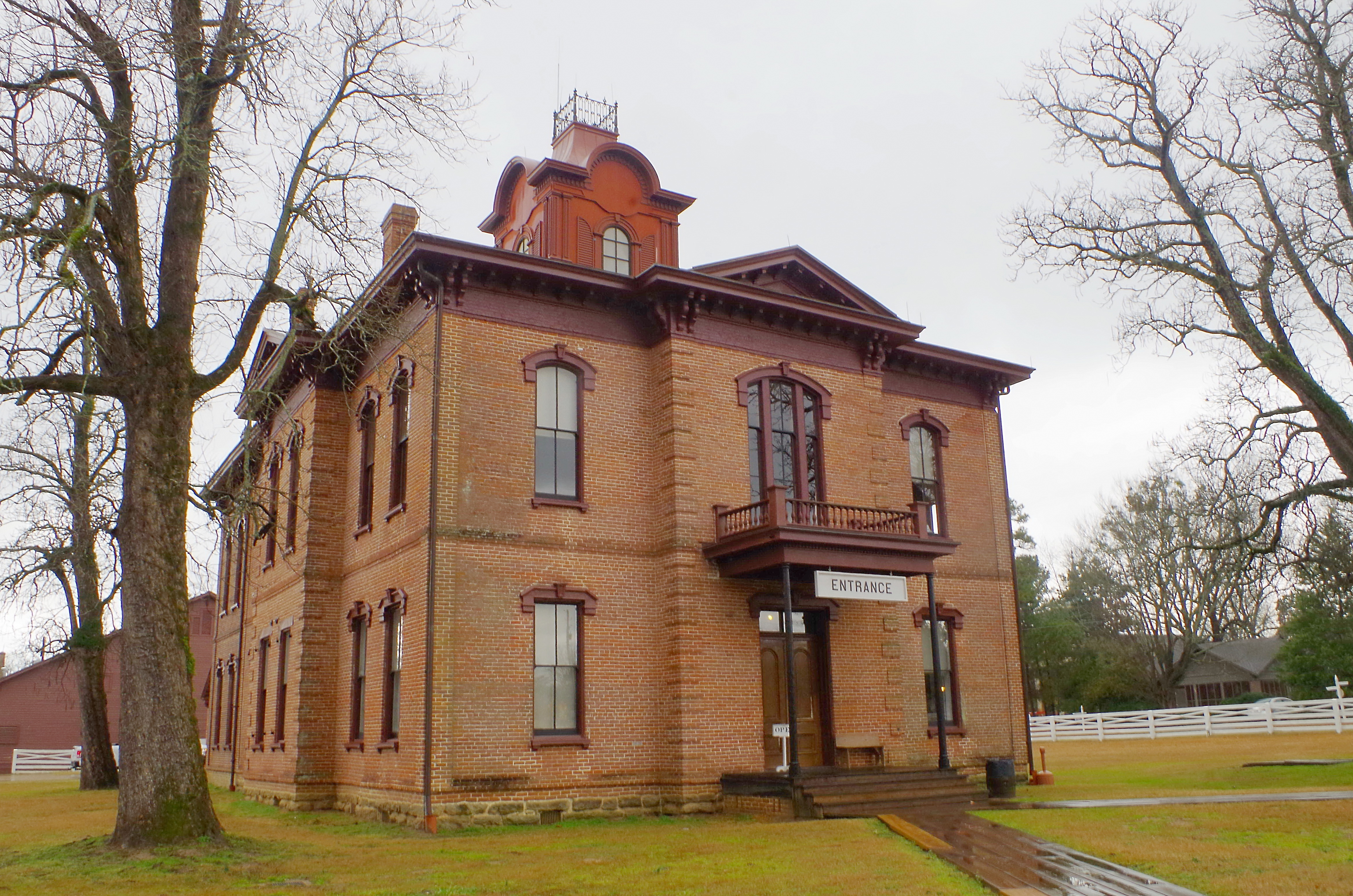 hempstead county Guide to hempstead county, arkansas ancestry, genealogy and family history, birth records, marriage records, death records, census records, family history, and military records.