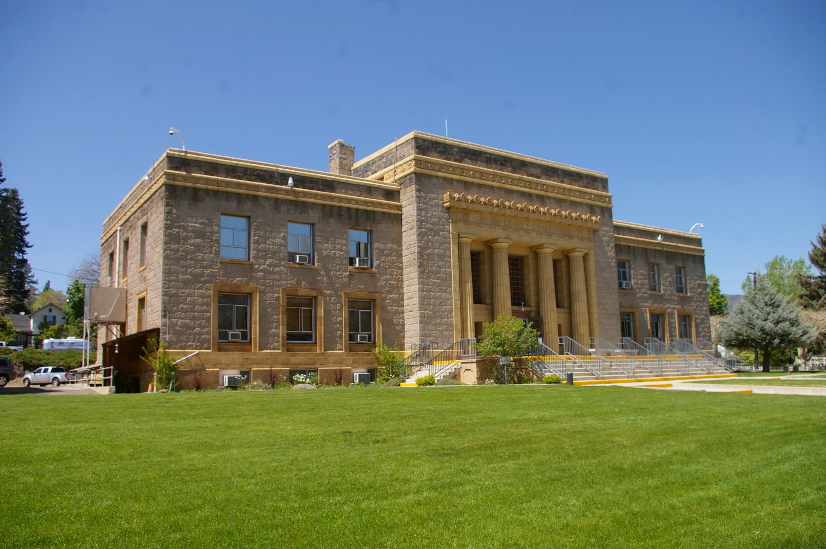Lassen County Us Courthouses