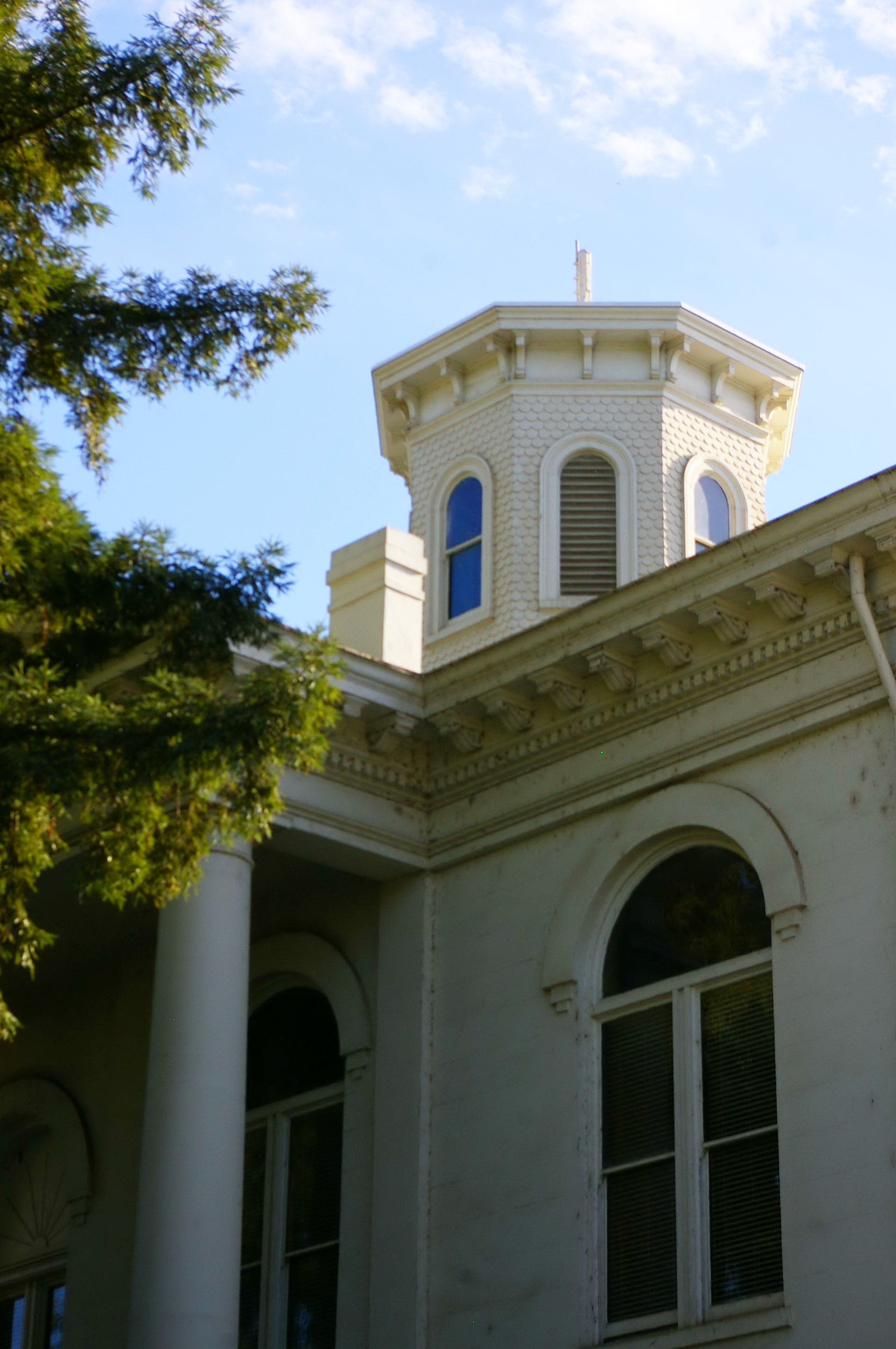 Sutter County Us Courthouses