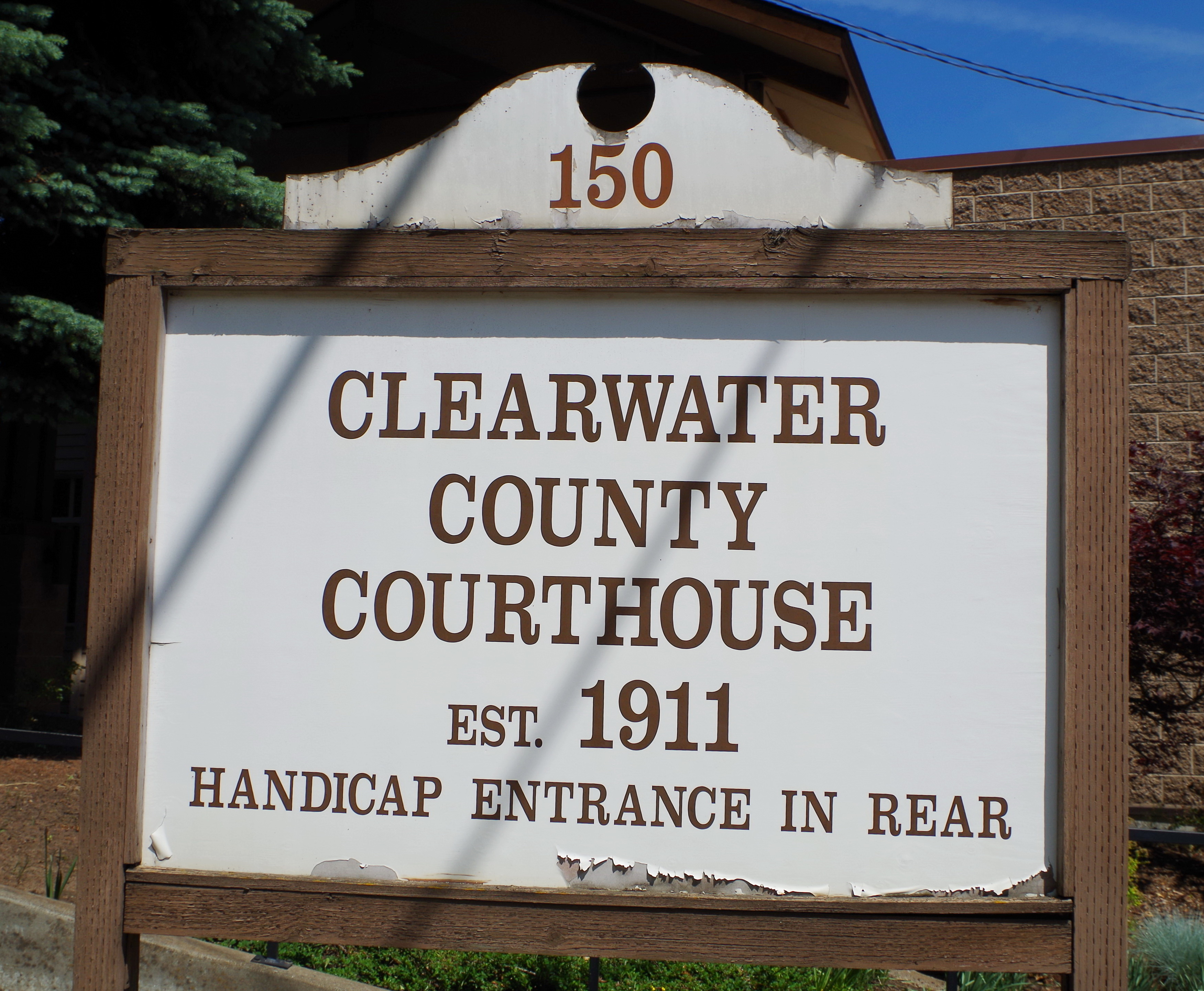 clearwater county Clearwater county is a municipal district in west central alberta, canada in  division no 9 its northwest boundary is the brazeau river the municipal office  is.