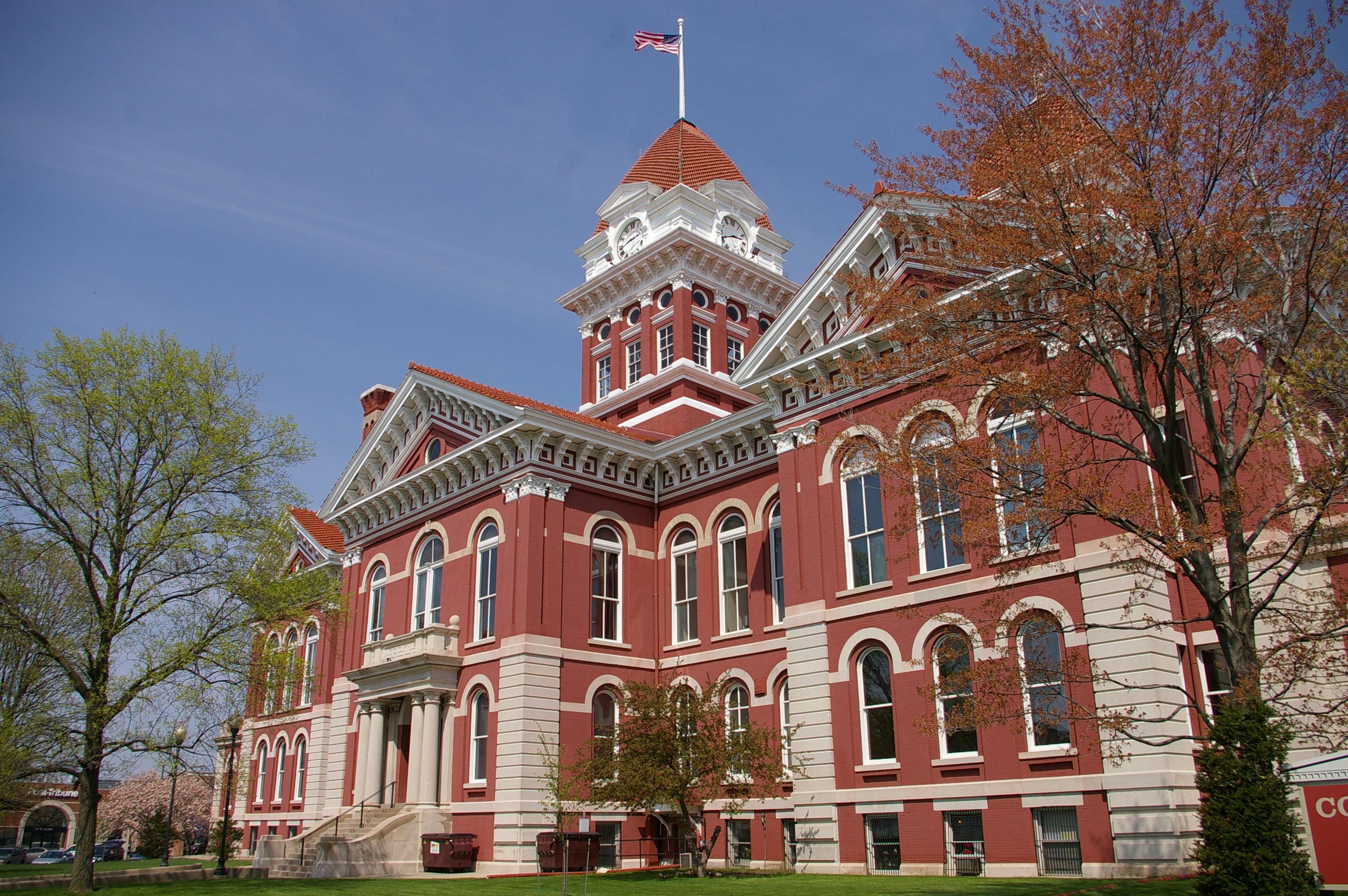 Lake County Us Courthouses