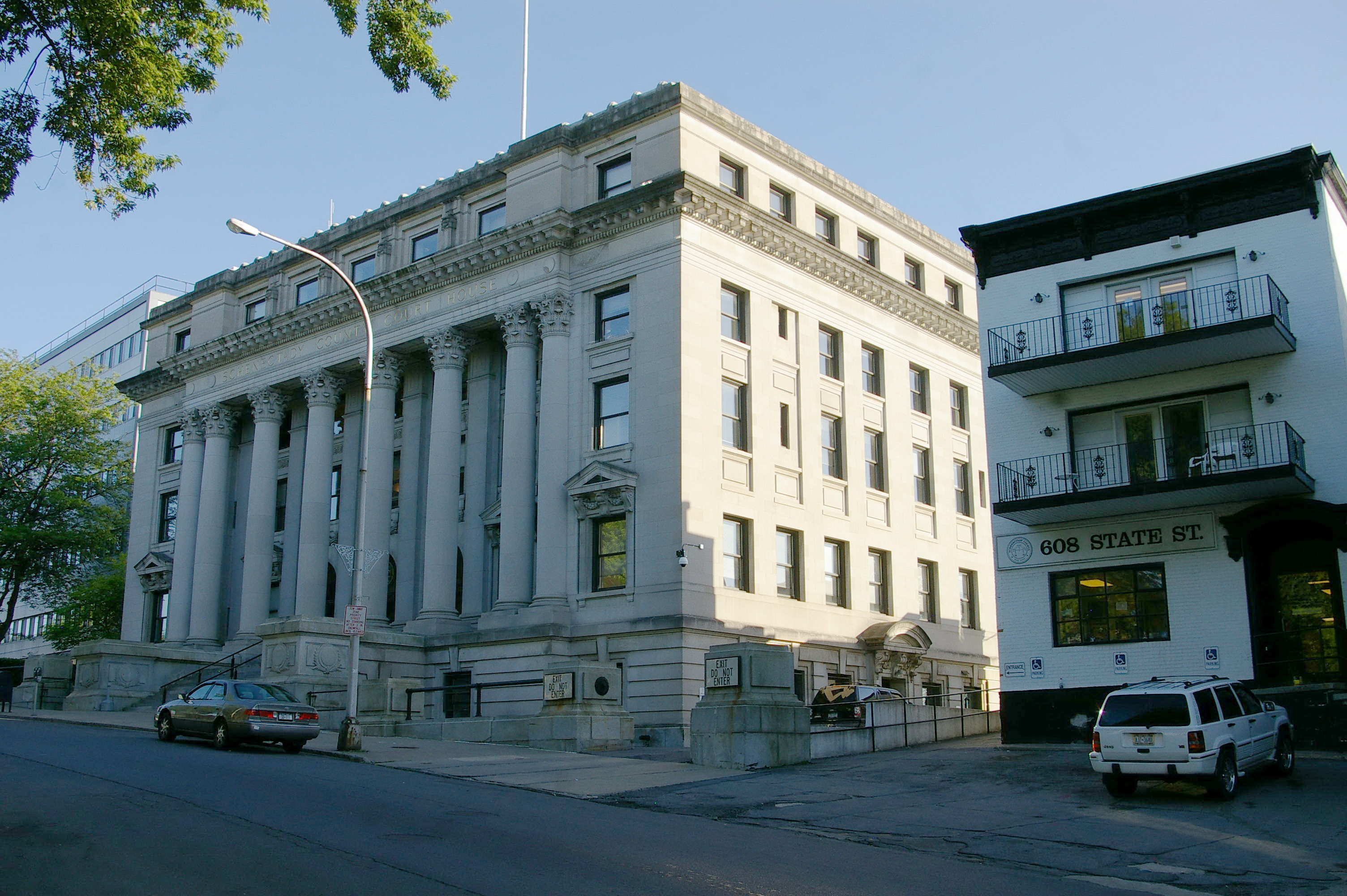 schenectady county 2018-03-12 the mission of the schenectady county public library is to satisfy our community's educational, informational, cultural and recreational needs by providing free and open access to a comprehensive range of materials, services.