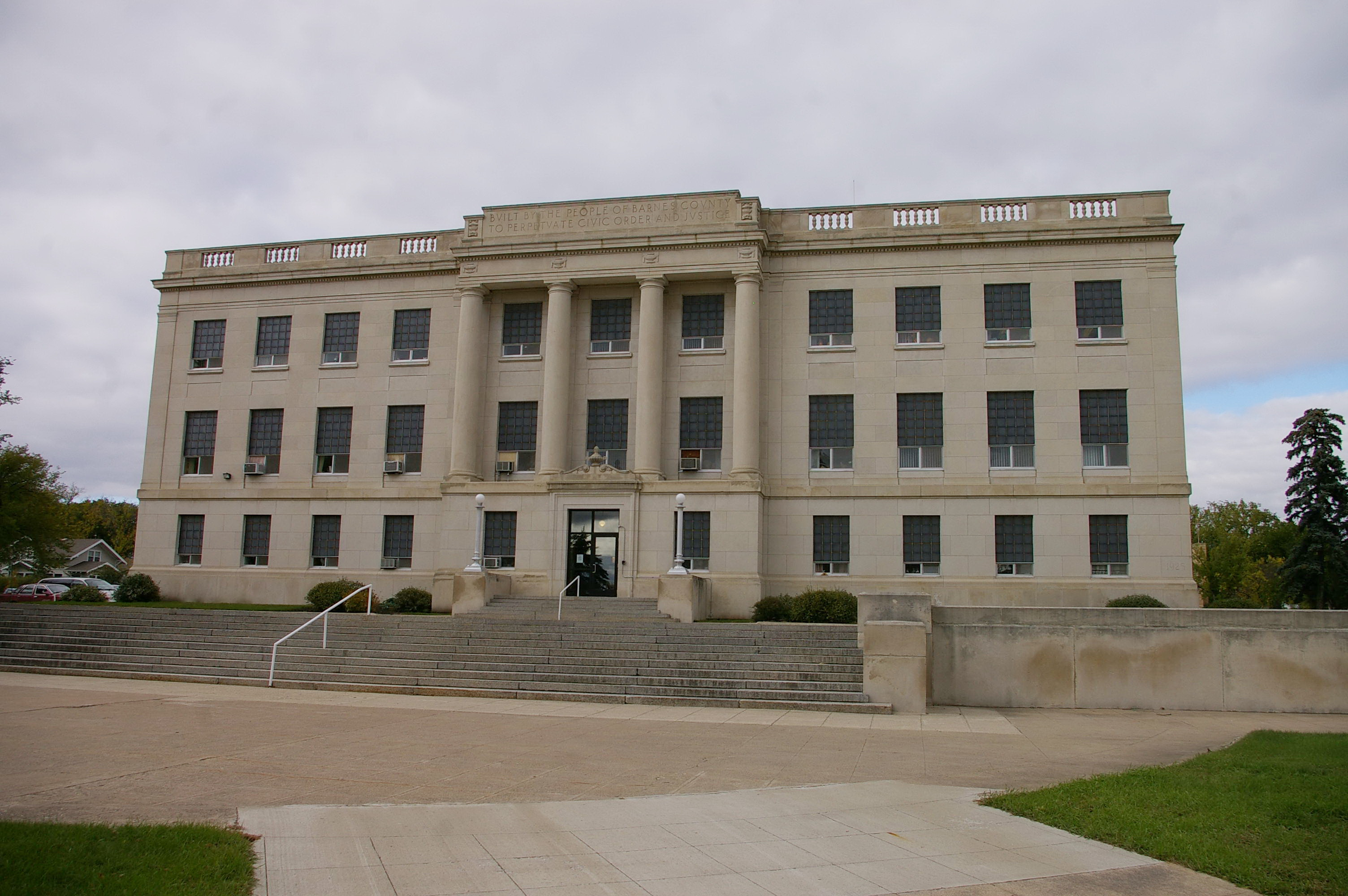 Barnes County   US Courthouses