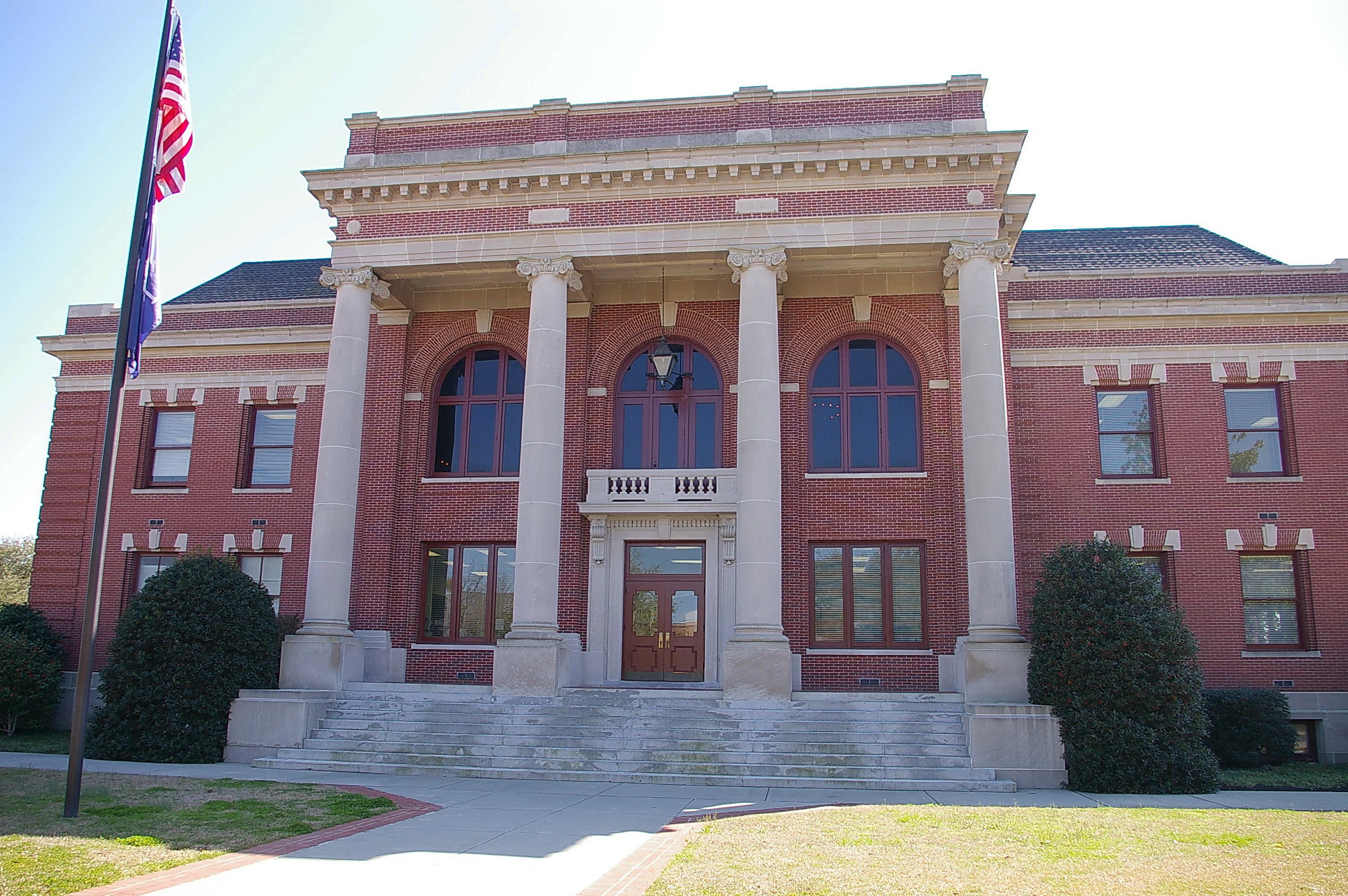 Clarendon County Us Courthouses