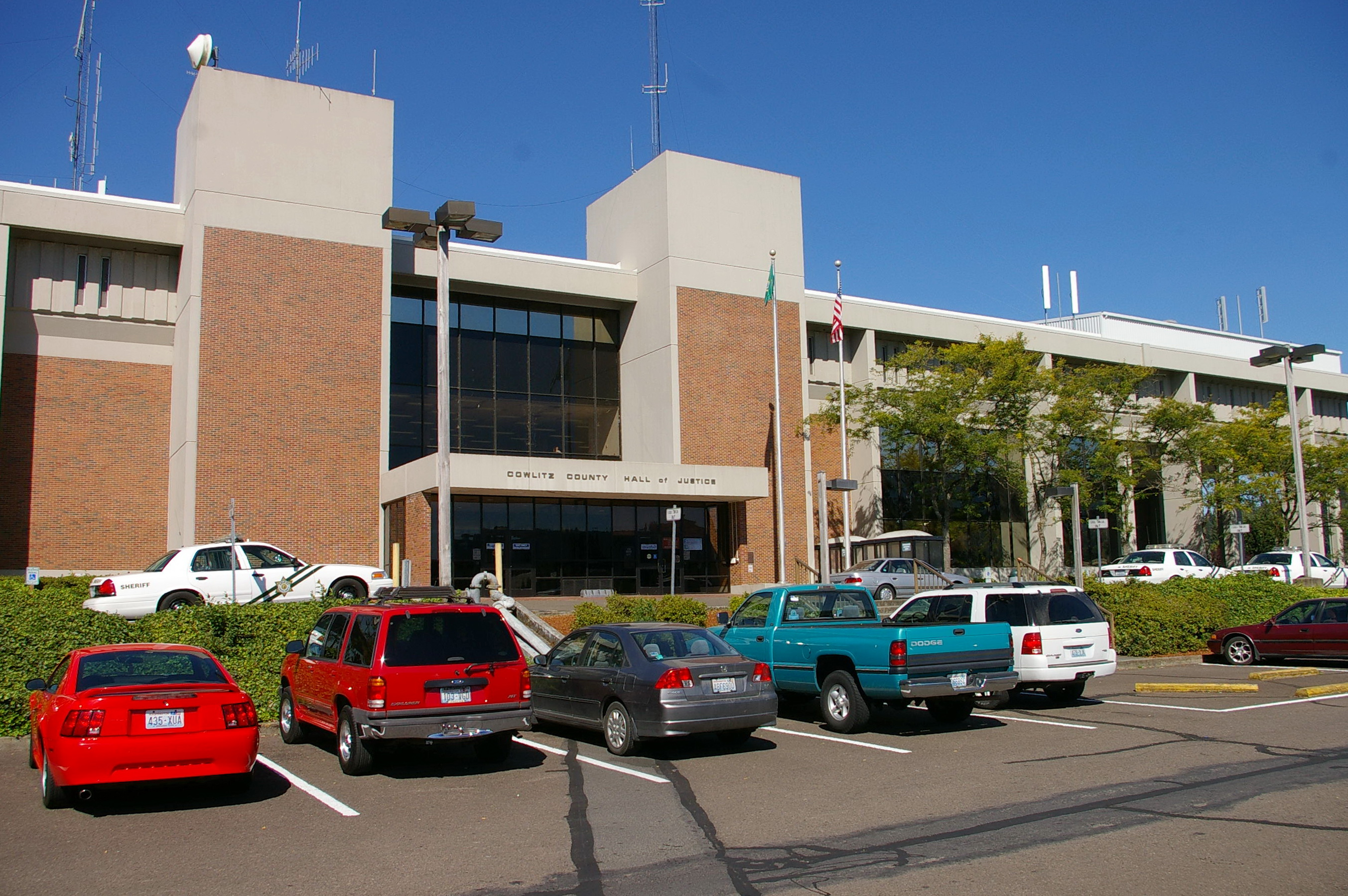 cowlitz county The superior court for cowlitz county, washington is a state trial court of general jurisdiction we are located in kelso, cowlitz county, washington state this court has state-wide jurisdiction and hears:.