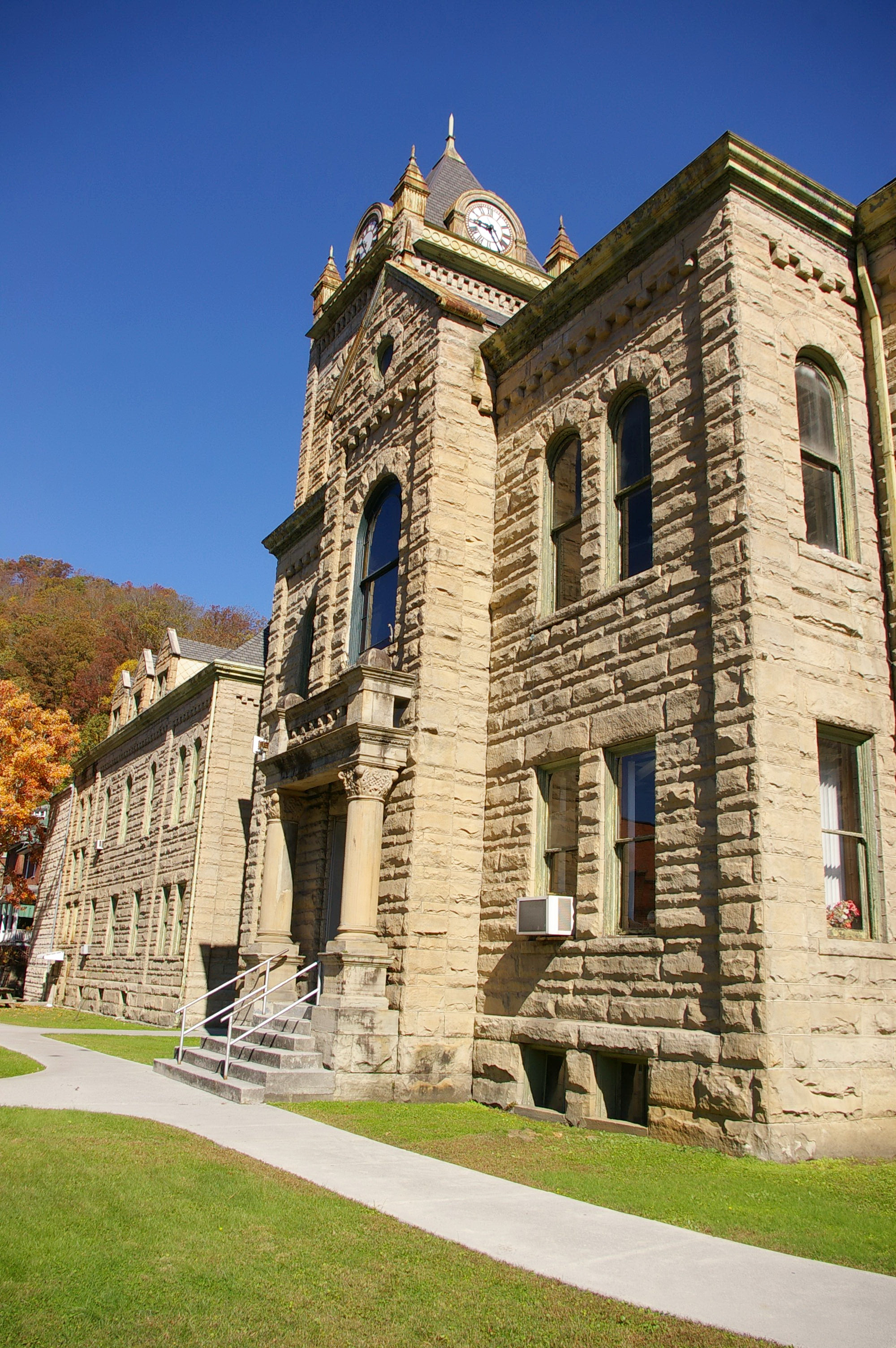 Mcdowell County Us Courthouses