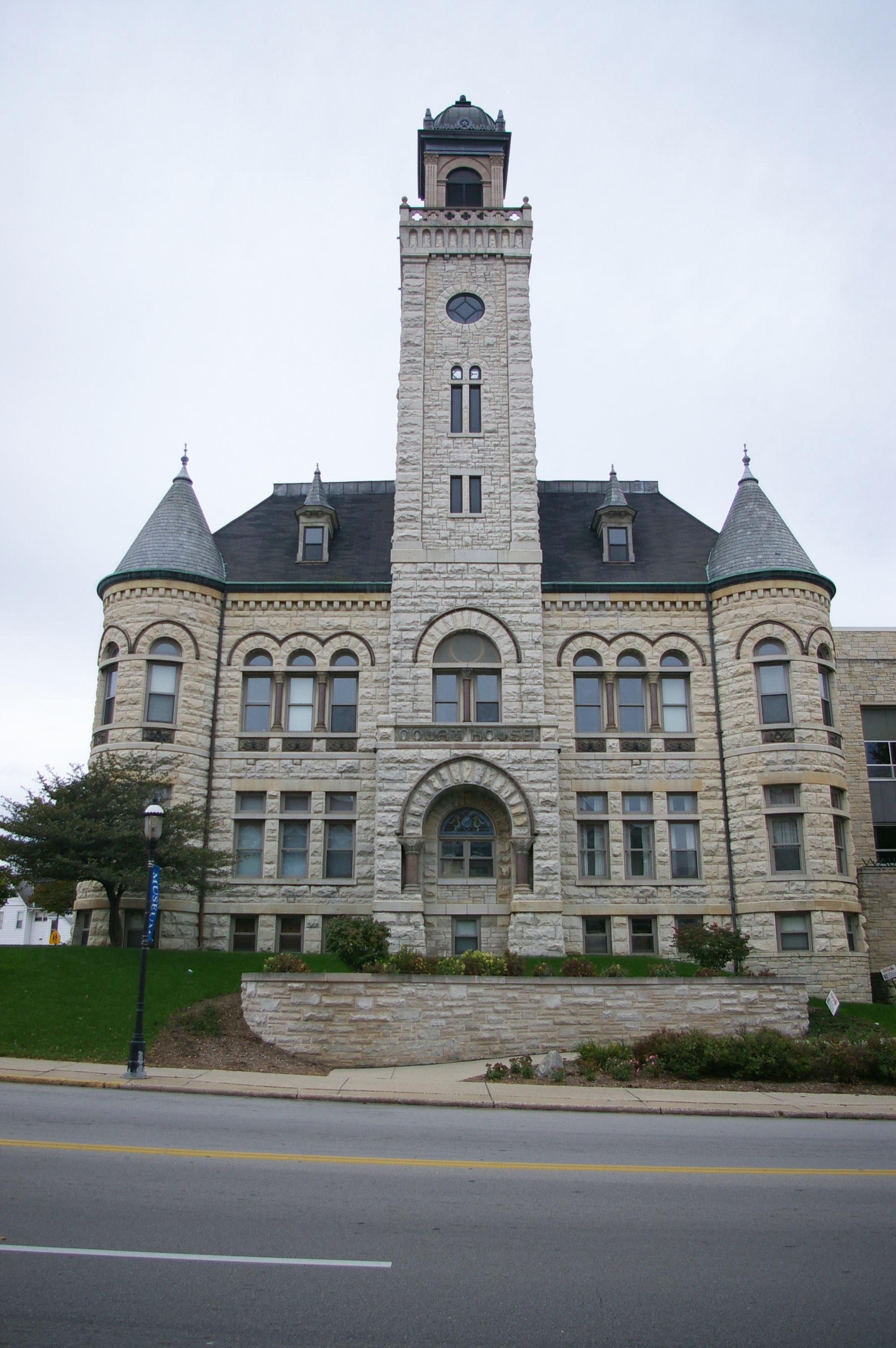 Waukesha County Us Courthouses