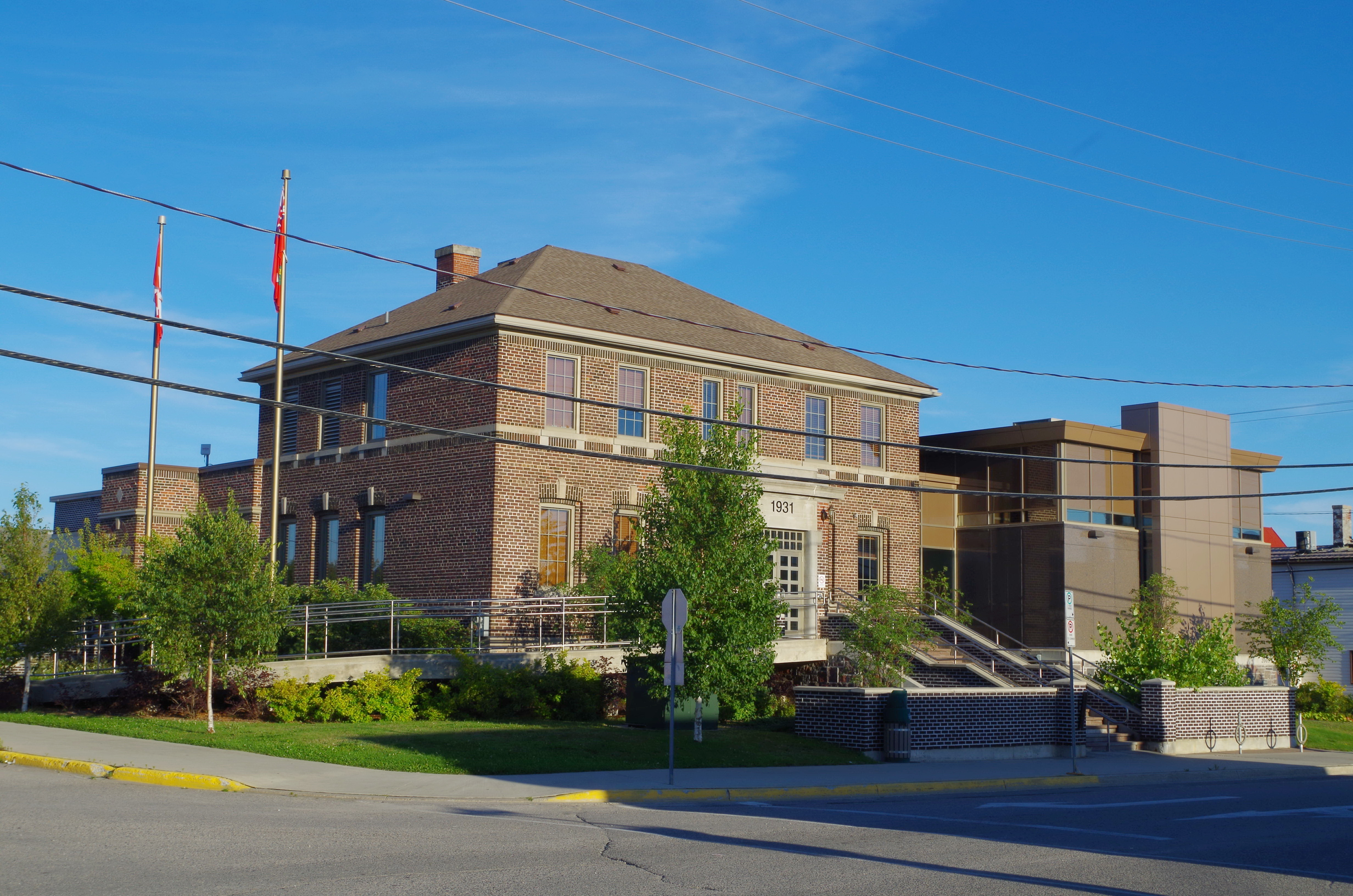 Kenora District Sioux Lookout Us Courthouses